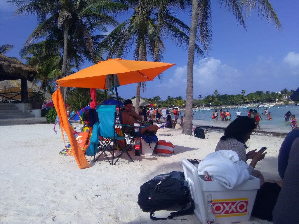 crowdy akumal beach