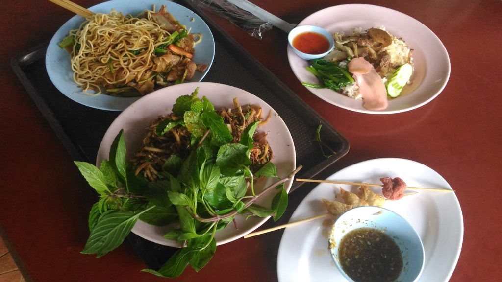 vegan food at Chatuchak Market in Bangkok